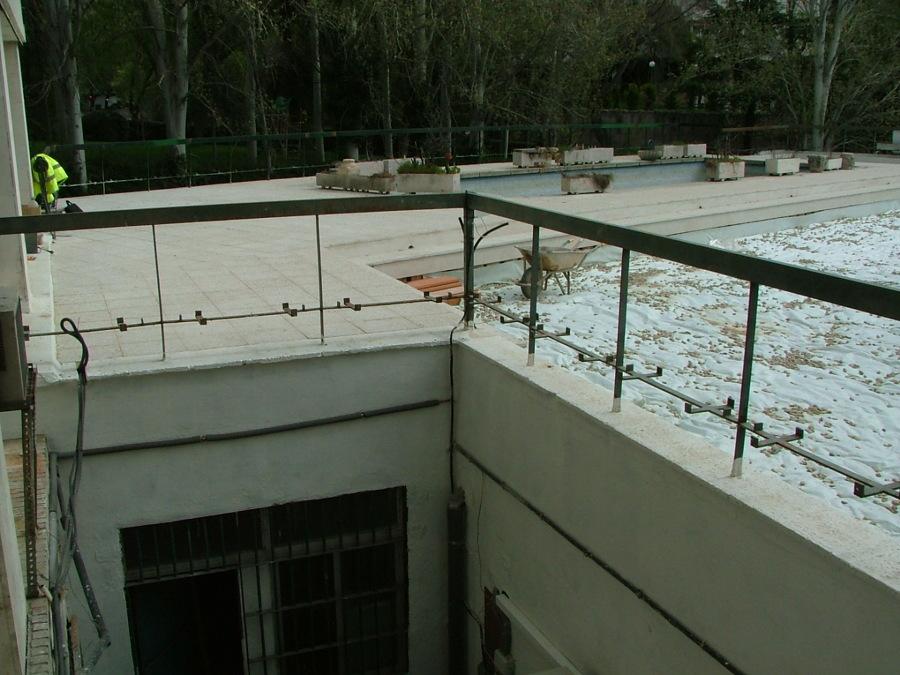 Impermeabilizacion de cubierta ajardinada con piscina for Drenaje de piscina