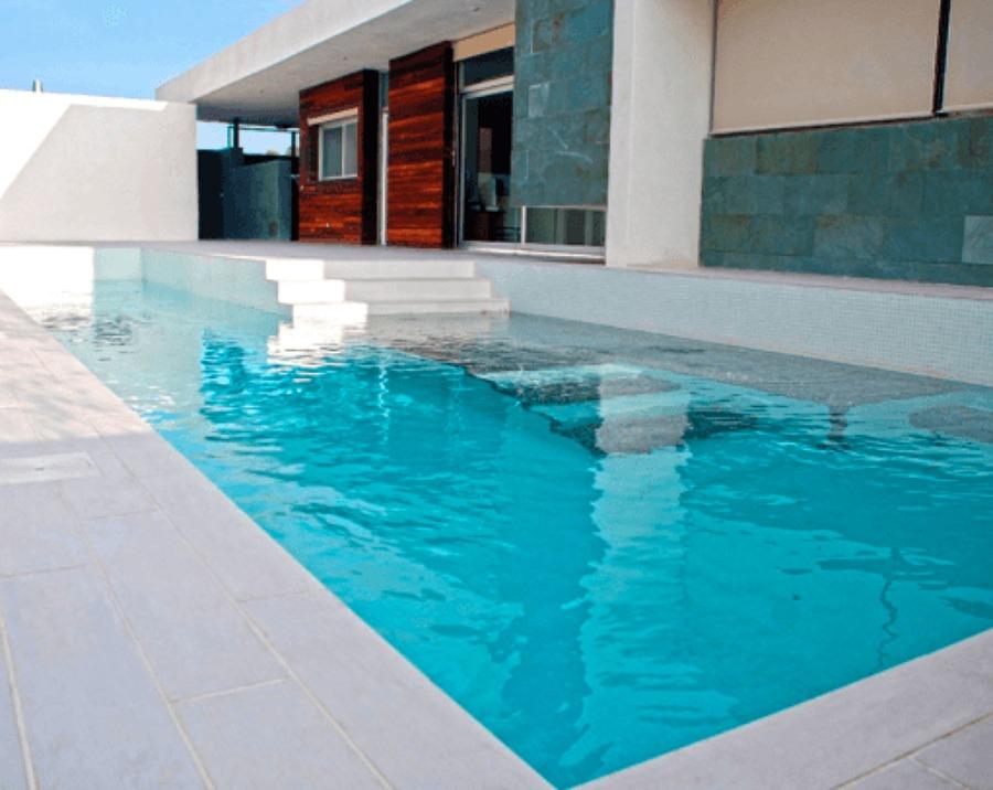 Ventajas y desventajas de las piscinas de agua salada for Mantenimiento piscina agua salada