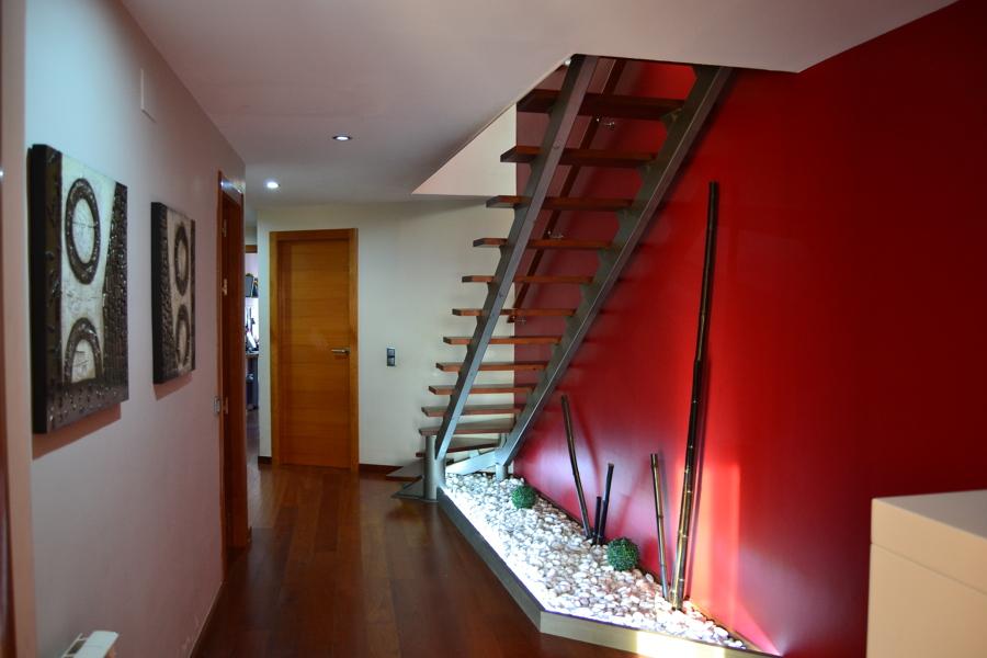 Carpintería , suelo, puertas, escalera...