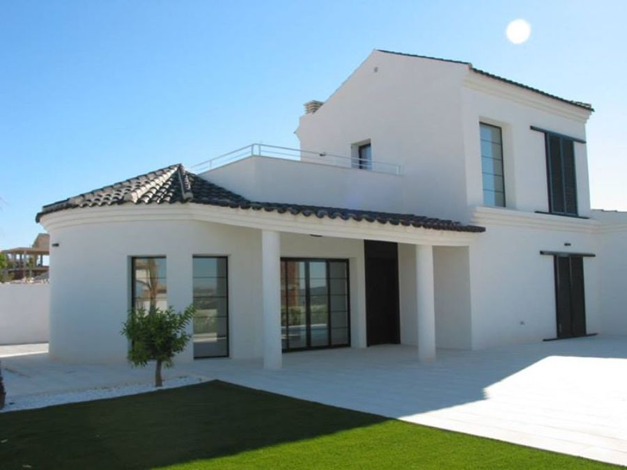 Casa teja negra ideas construcci n casas for Casas con tejados modernos