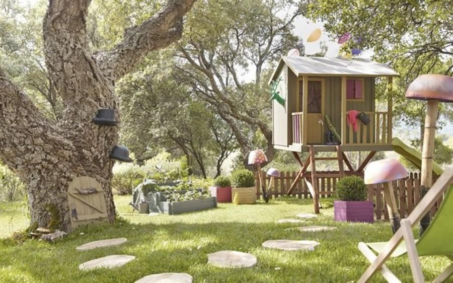 Foto casa para ni os en el jard n de marta 910593 for Casa infantil jardin