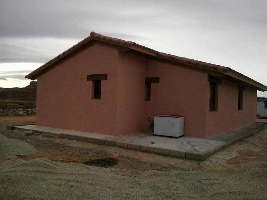 Casa de madera castell n ideas construcci n casas for Casas de madera pequenas