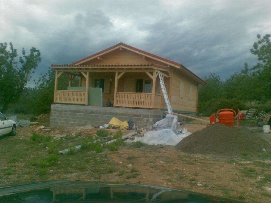 Foto casa de madera sobre forjado sanitario de - Construcciones bibiloni palma ...