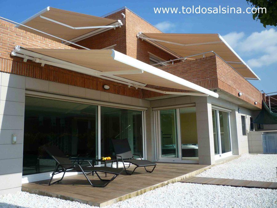 Casa equipada con toldos de ltima generaci n ideas toldos for Precio toldos extensibles