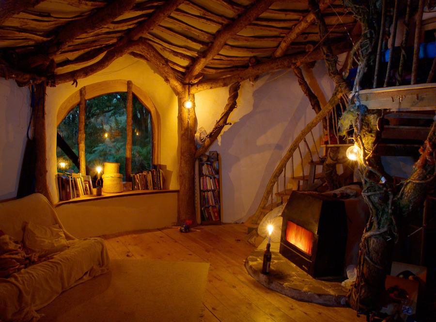 casa hobbit simon dale