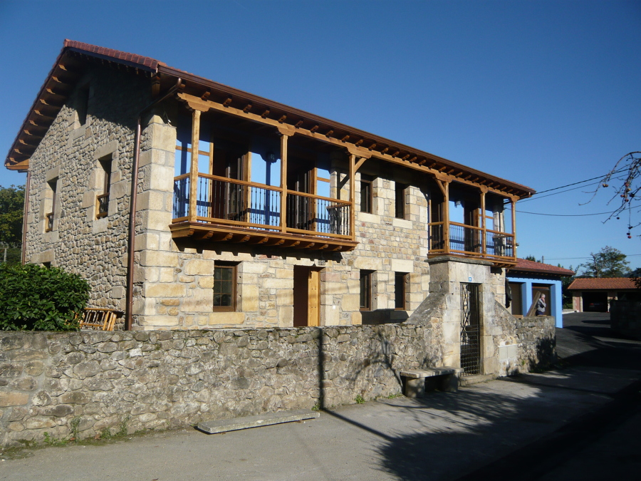 Foto casa r stica 2 de construcciones del norte cruznova - Casa rustica cantabria ...