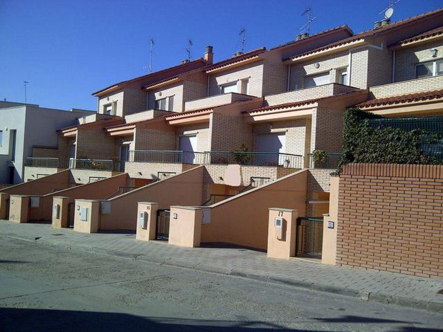 Foto casas unifamiliares en t rrega lleida de mifer - Proyectos casas unifamiliares ...