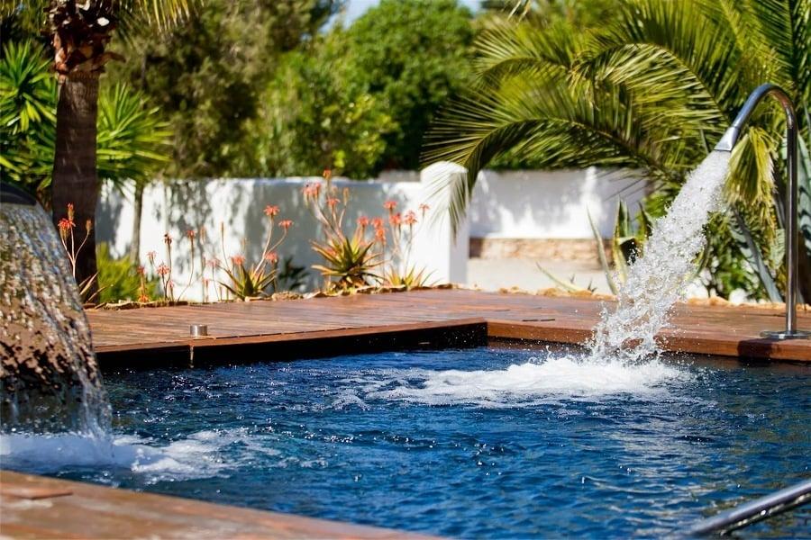 7 cascadas para piscinas ideas construcci n piscinas for Piscinas pequenas con cascadas