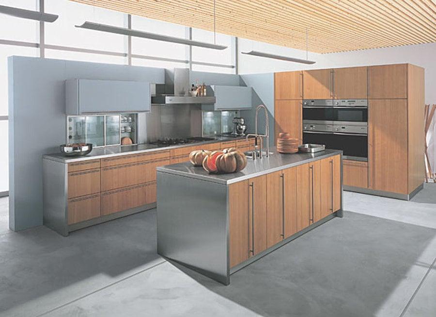 Foto catalogo cocina moderna de inelec alcala 577865 for Catalogo cocinas lamiplast