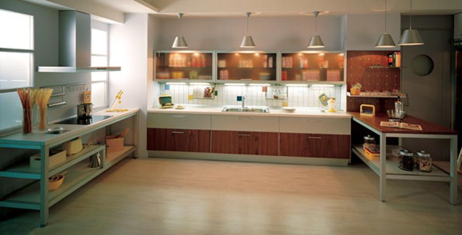 Foto catalogo cocina moderna de inelec alcala 577873 for Catalogo cocinas modernas