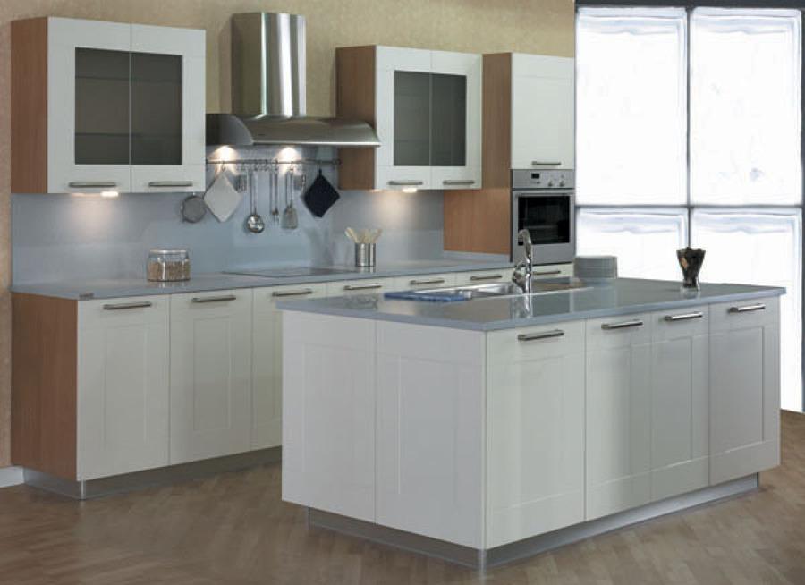 Foto catalogo cocina moderna de inelec alcala 577877 for Catalogo cocinas modernas