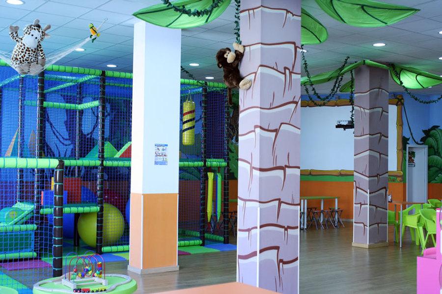 Centro de Ocio Infantil. Zona de bolas