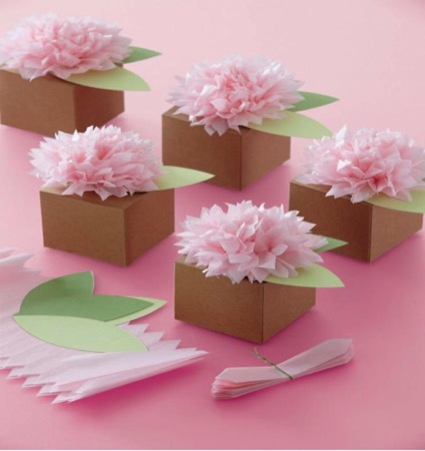 Centro mesa flores origami