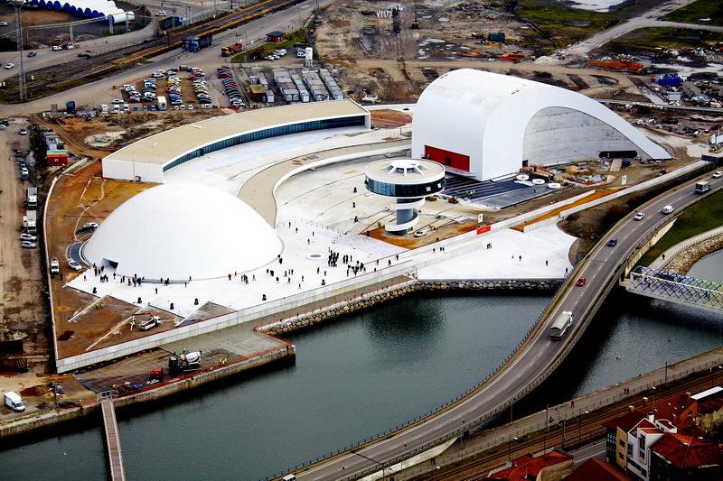 Centro Niemeyer 2