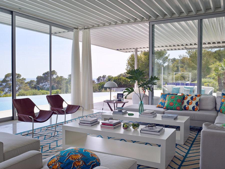 10 ideas geniales para cerrar tu balc n o terraza ideas for Puertas para terrazas