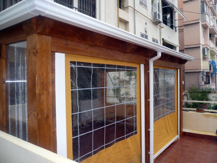 Foto cerramiento de terraza en tico de parquets turia - Como cerrar una terraza ...