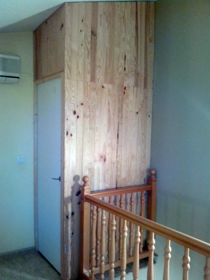 Cerramiento en madera de baño
