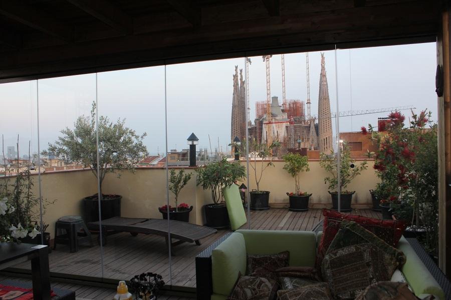 Cerramiento sin perfil en Cataluña