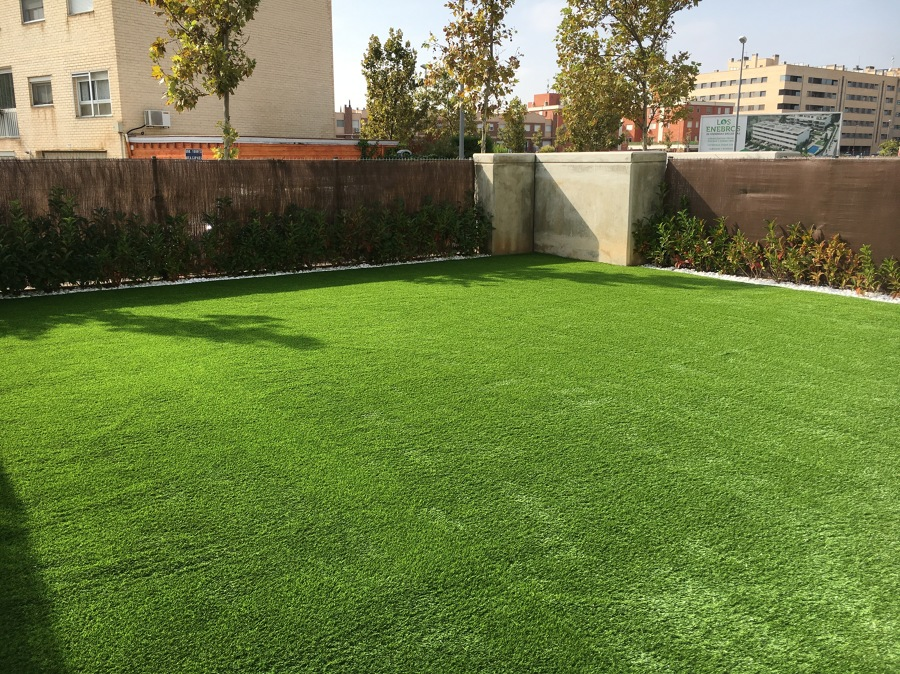 Césped artificial modelo Mentha.