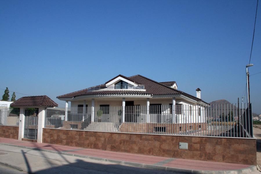 Chalet en El Esparragal, Murcia.