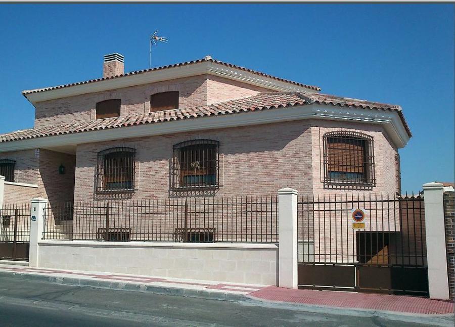 Foto chalet individual en illescas a o 2007 de construcciones y reformas miguel garcia 351652 - Chalet fotos ...
