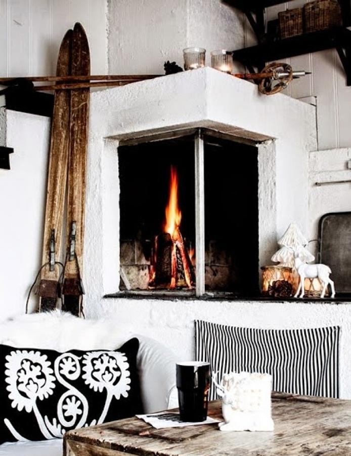 Foto chimenea en sal n n rdico de decoratualma 1021202 habitissimo - Chimeneas en valladolid ...