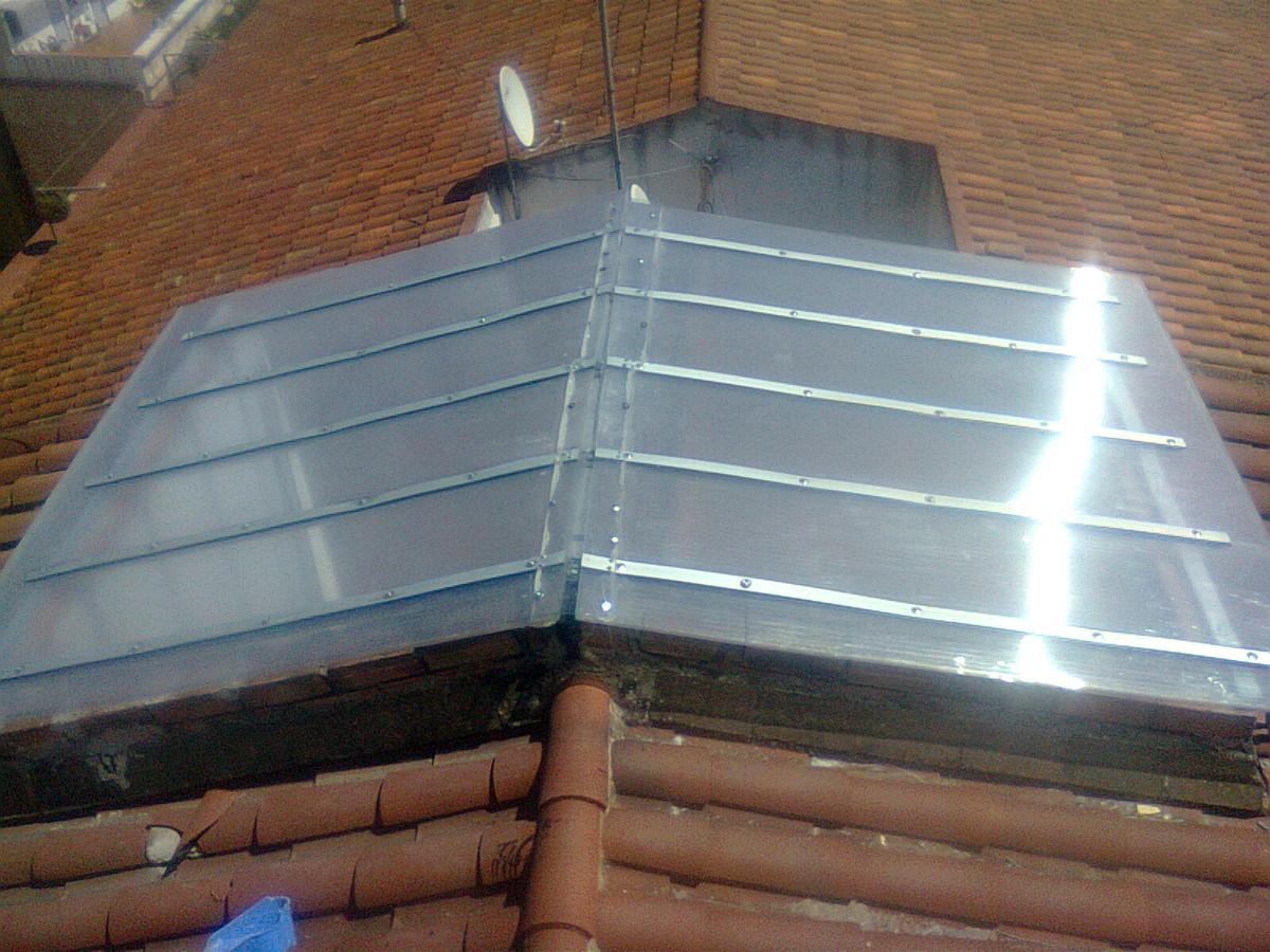 Claraboyas ideas cristaleros for Claraboyas para techos