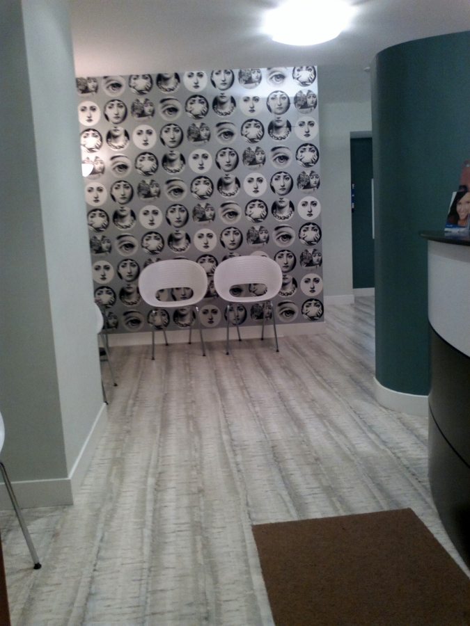 Foto clinica dental 10 de venta de papel pintado murales for Papel pintado murales decorativos