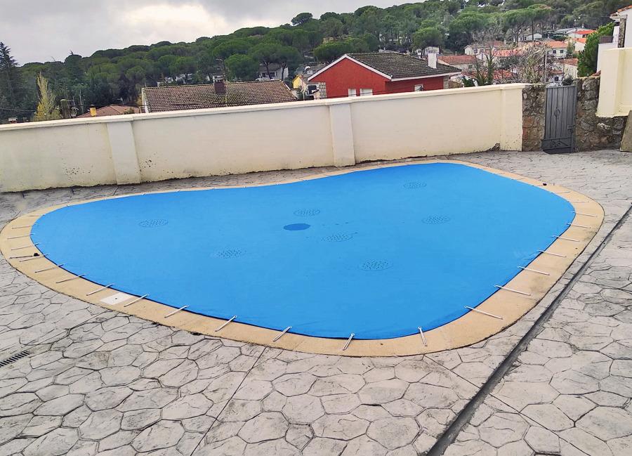 Cobertores de piscina a medida para invierno