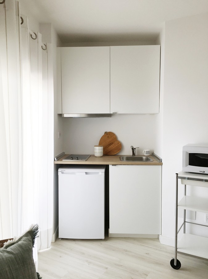 Una reforma low cost para un apartamento de 28 m ideas for Cocinas low cost perillo