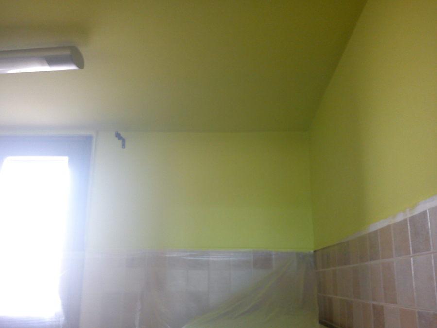 Foto cocina a verde pistacho de pinturas guimer 889377 for Cocina verde pistacho