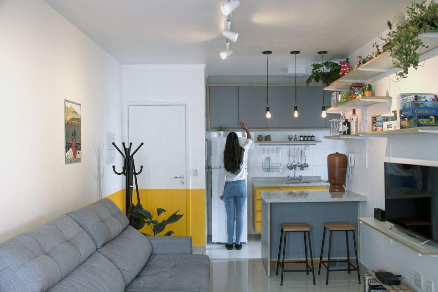 Cocina abierta al salón con barra