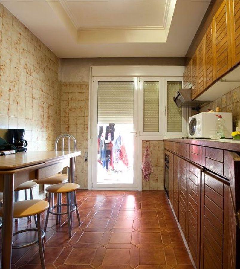 cocina antigua alargada