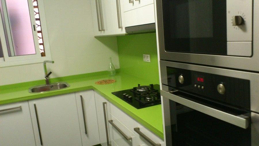 Foto cocina completa de interiorisme i portes balderas for Presupuesto cocina completa