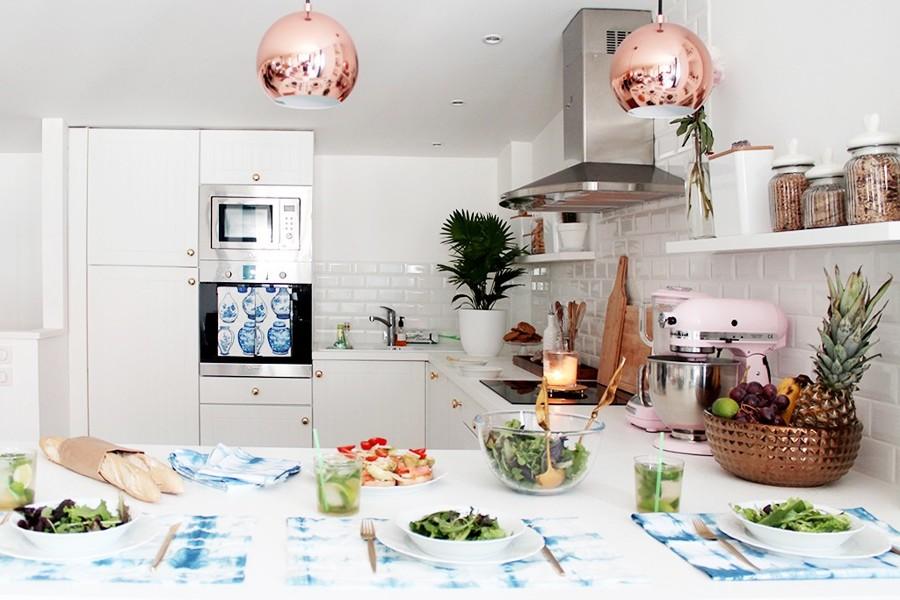 cocina con barra de cocina