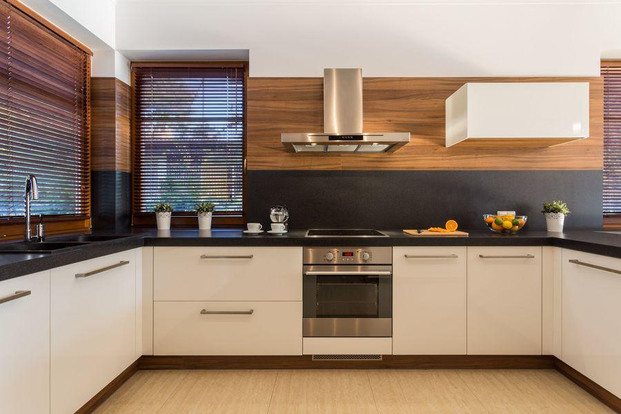 Cocina con electrodomésticos eficientes