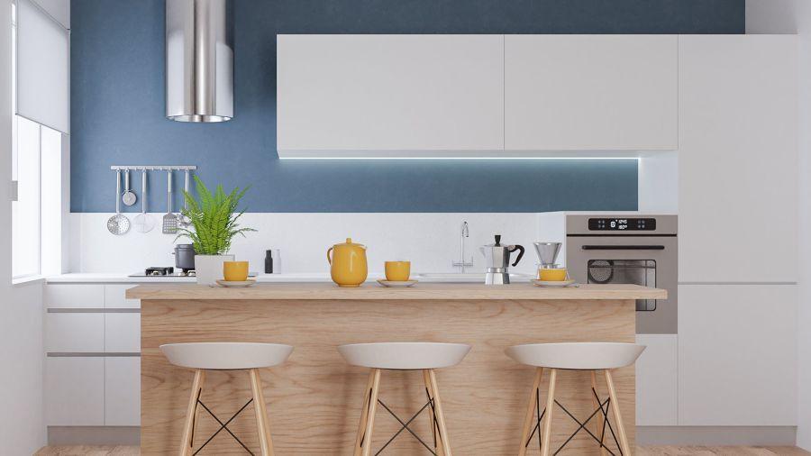 Cocina con frente en blanco y azul