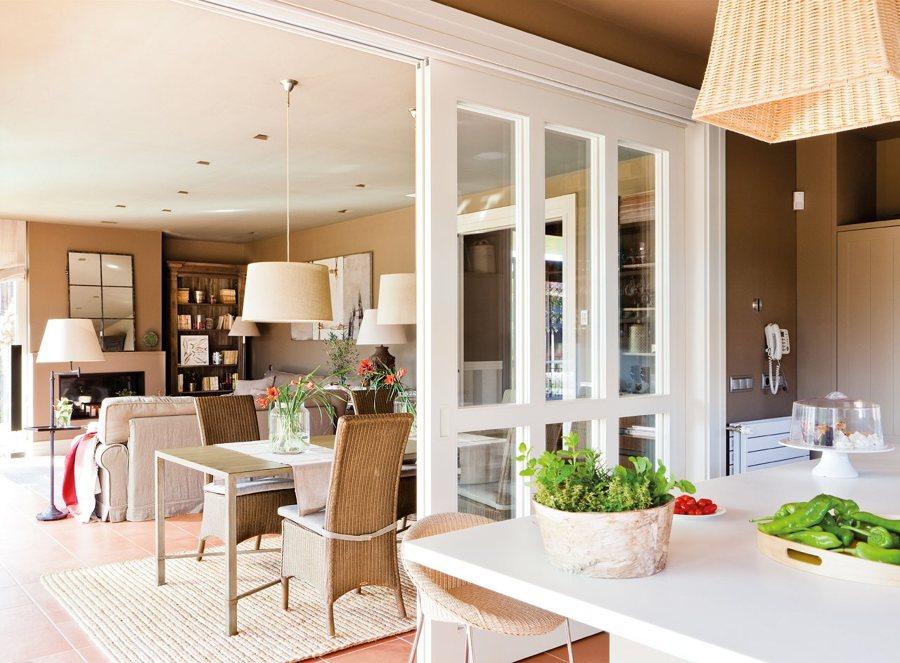 10 veces que nos enamoramos de las cocinas abiertas - Cocinas con puertas de cristal ...