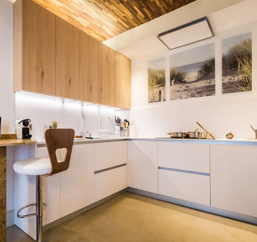 cocina con sistema de iluminación led.