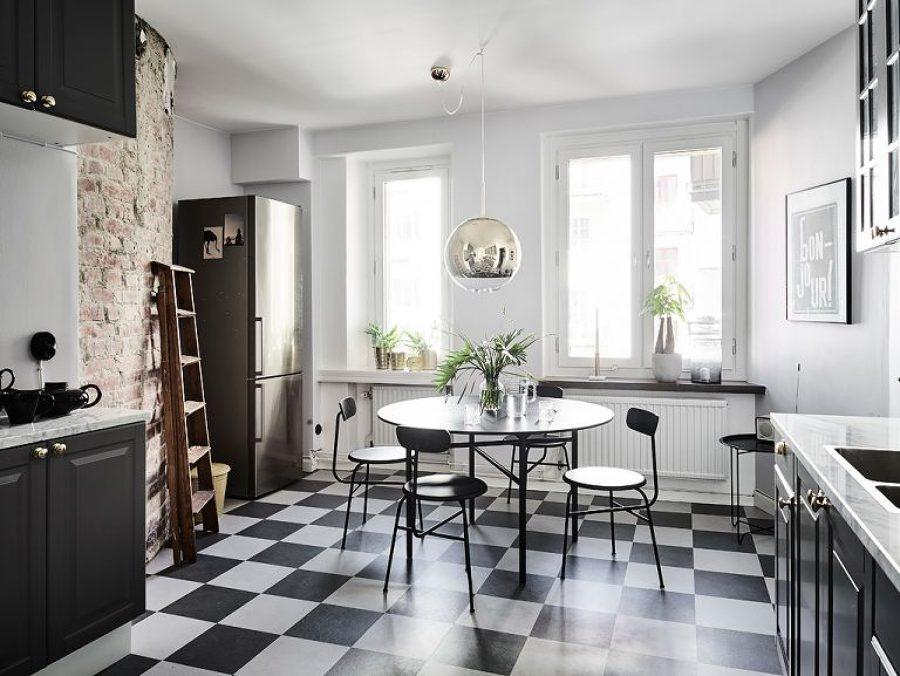 Blanco negro y mucho arte en un apartamento n rdico - Cocina suelo negro ...