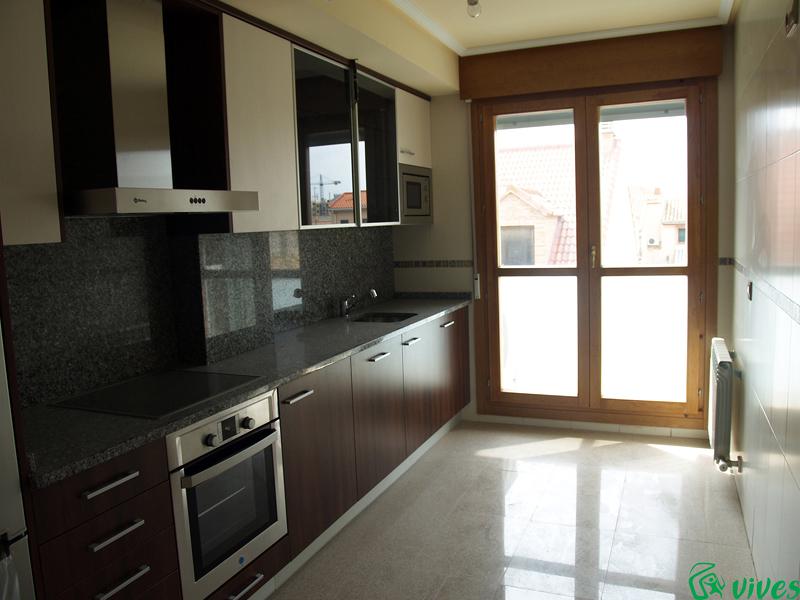 Foto cocina con terraza del apartamento en venta en for Cocinas en terrazas