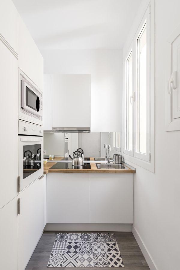 Cocina con ventanas batientes