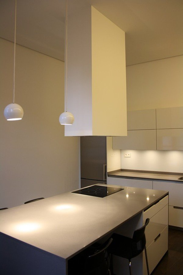 Foto: Cocina de Diseño con Isla, Chimenea Extracción Flotante de ...