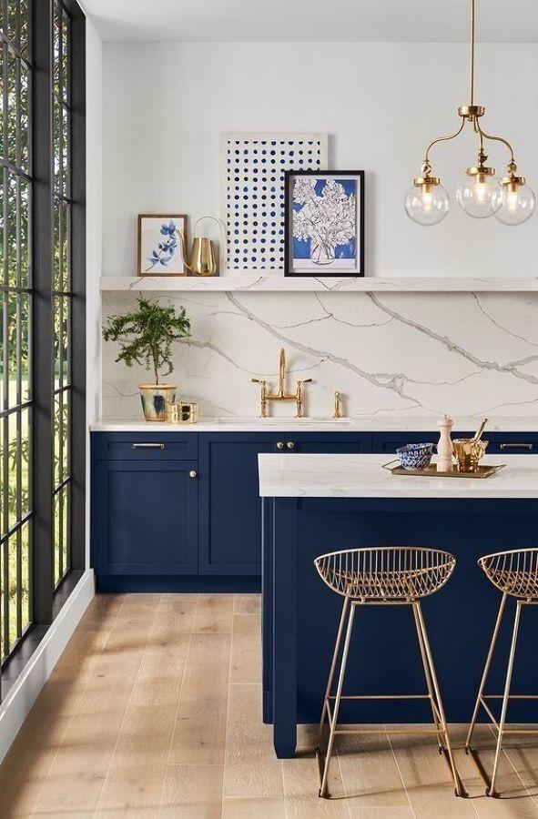 Cocina en color azul