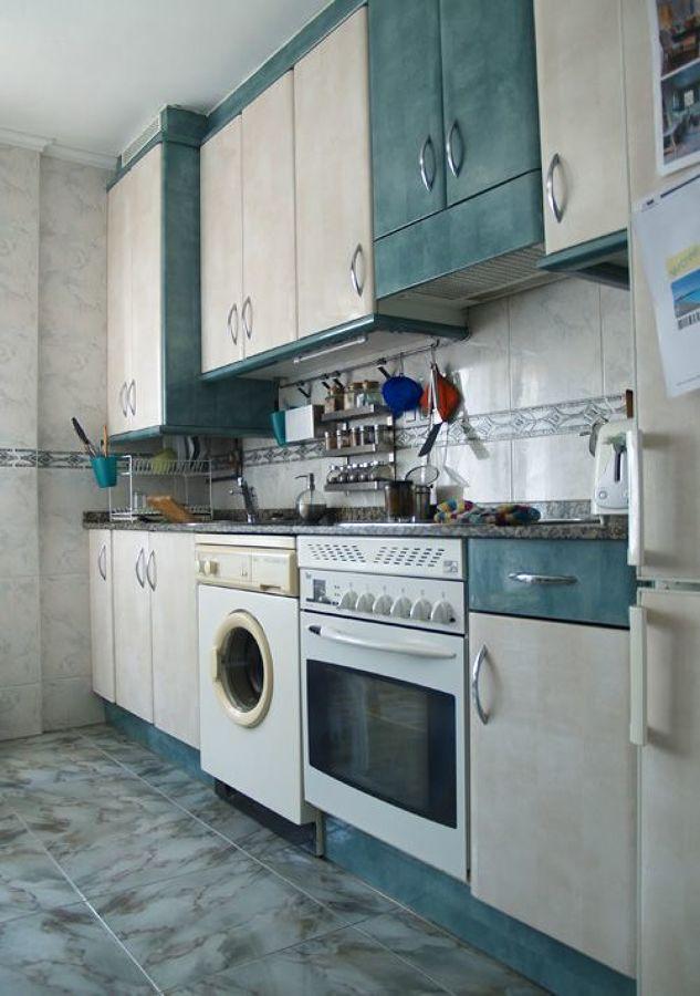 El incre ble antes y despu s de 5 cocinas sin obras - Quitar azulejos cocina ...