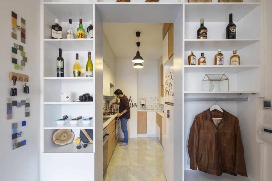 cocina entre armarios