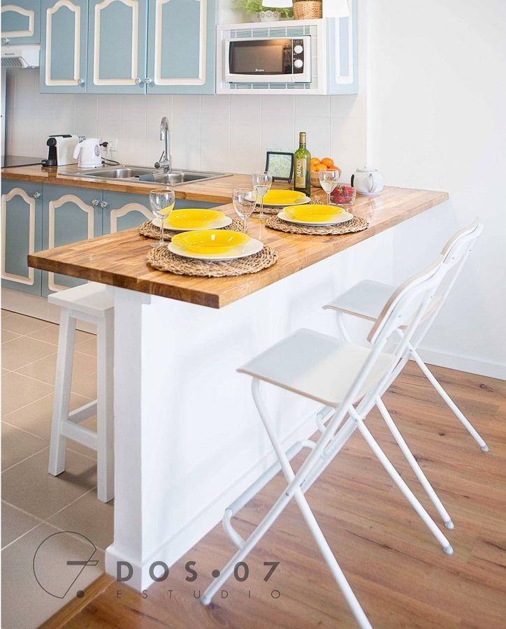 Cocina estilo funcional y barra