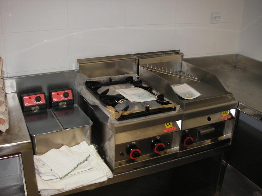 Cocina industrial a gas para hostelería