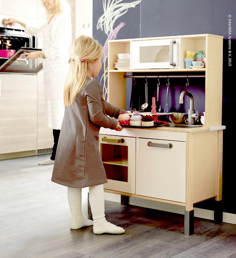 Foto cocina juguete ikea de miriam mart 929322 for Muebles de cocina ikea medidas