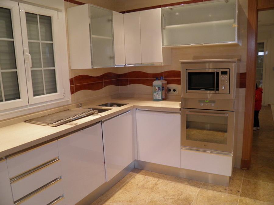 Cocinas ideas construcci n casas for Quiero ver cocinas modernas